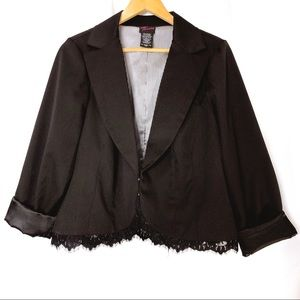 Torrid Woman's Black Blazer With Lace Trim Size 1X